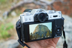 Hands on with the Fujifilm X-T10 mirrorless camera